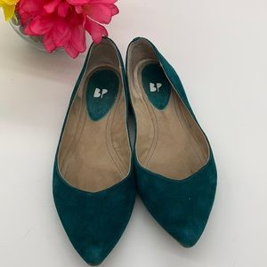 BP emerald green suede pointy toe flat - Sz 7